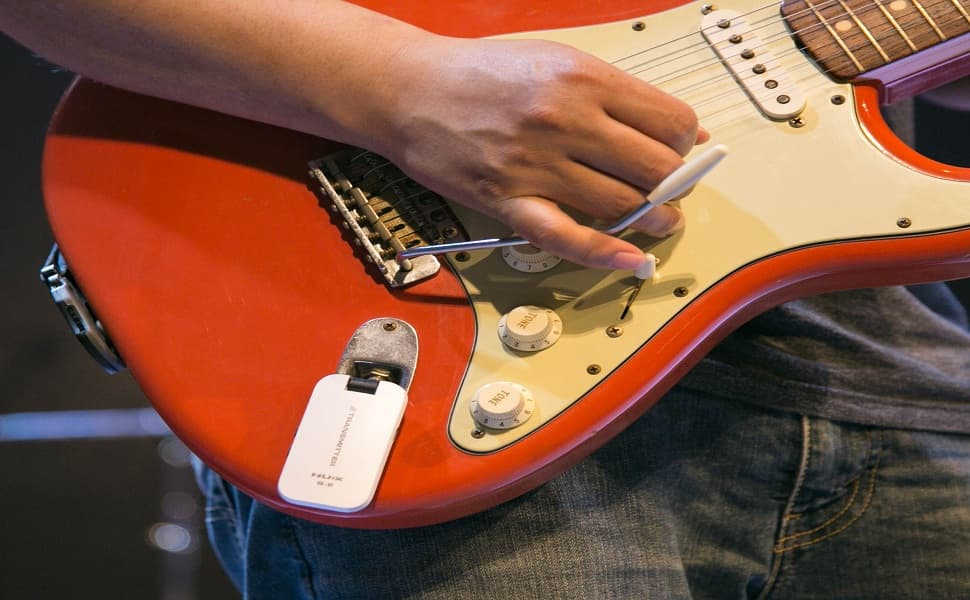 Best Wireless Guitar System for Beginners in 2021