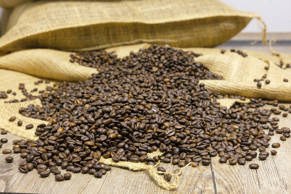 How to Store Coffee Beans and Ground Coffee For Freshness